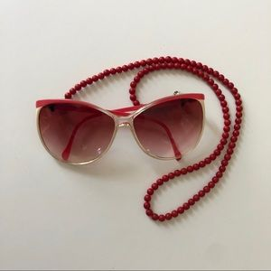 Vintage pink fade big sunglasses with bead chain